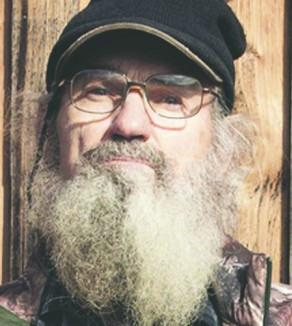 Uncle Si Robertson is a member of the White's Ferry Road Church of Christ in West Monroe