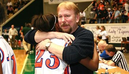 Coach Steve McDowell