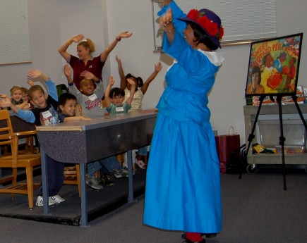 Miss Kat leads youngsters on a musical trip down memory lane at this recent program in Mississippi. – (photo provided)