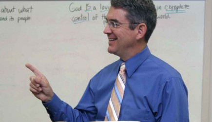 Steven Yeakley teaches Bible class at the Faith Village Church of Christ in Wichita Falls
