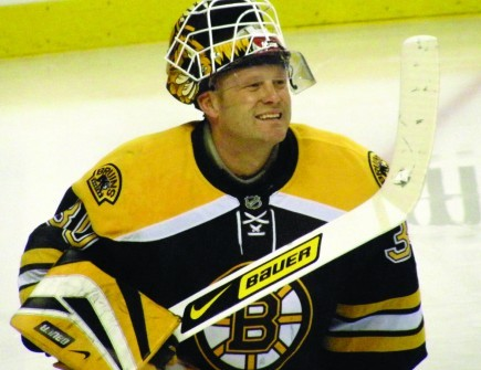 Tim Thomas is a star hockey player. The Boston Bruins goalkeeper is also a faithful Christian