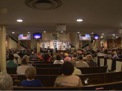 Worship at the Madison Church of Christ in Tennessee.