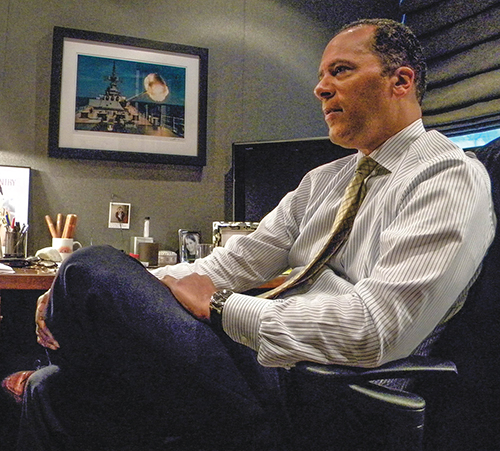 Lester Holt visits with The Christian Chronicle during a 2009 interview.