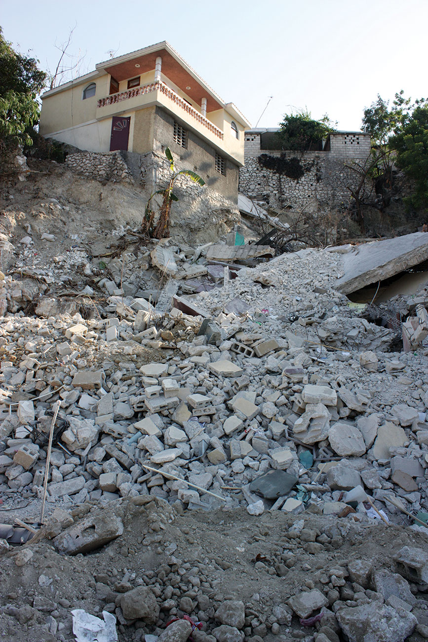 The ruins of the 28th and Delmas building in 2010 after the quake.