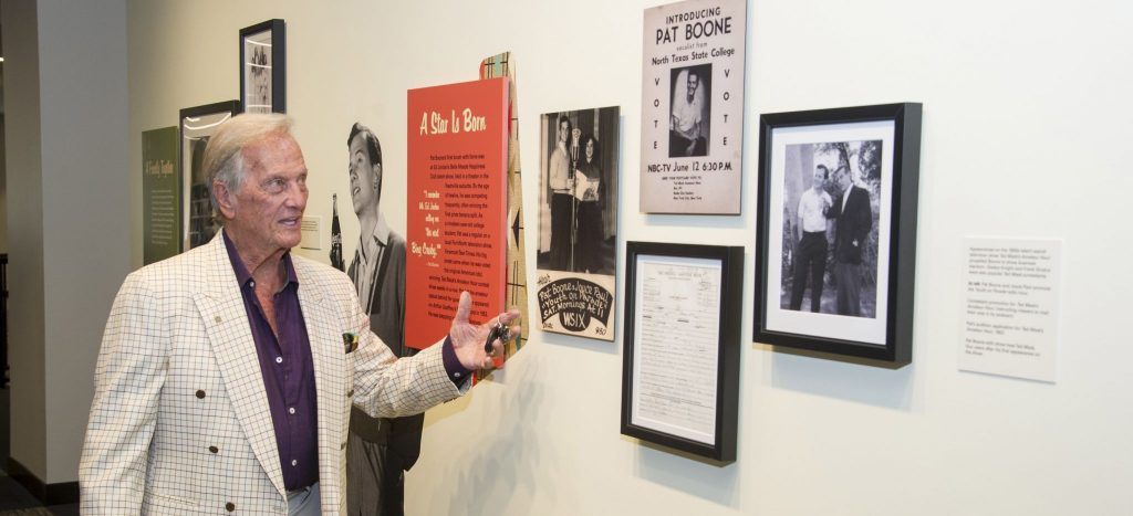 Disfellowshipped decades ago, Pat Boone insists he 'never