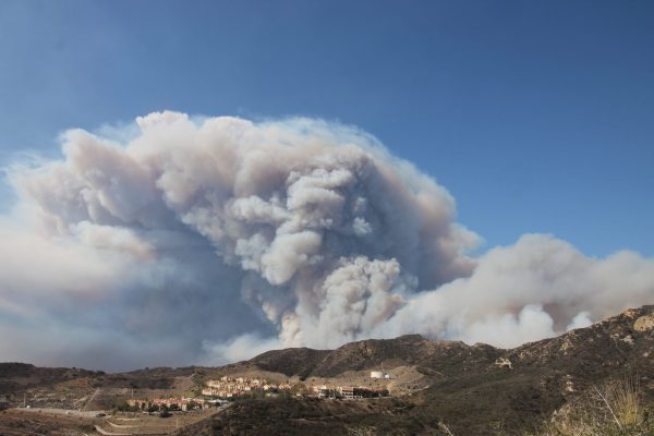 The Woosley Fire moves closer to Pepperdine University's Malibu campus.