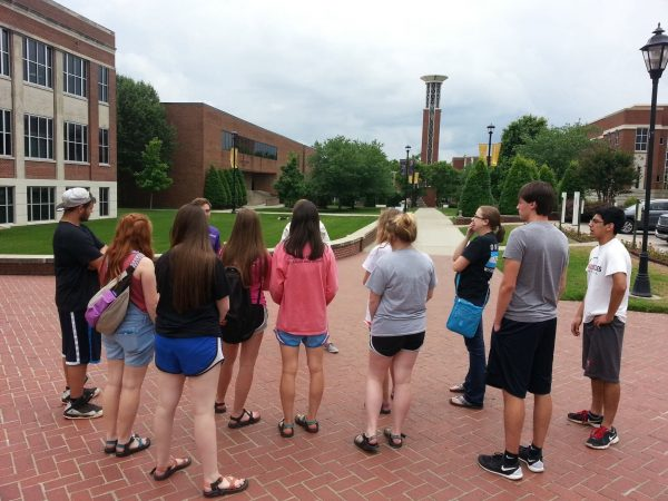 Juniors and seniors from the West-Ark Church of Christ in Fort Smith, Ark., visit Lipscomb University in Nashville, Tenn.