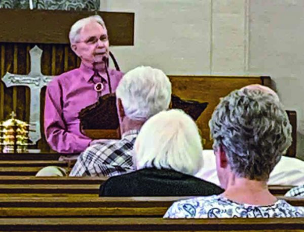The Northwest Church of Christ meets for Sunday morning worship.