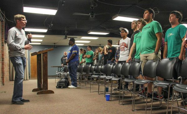 Student pack into the University Center near OSU for a weekly Praise Service.