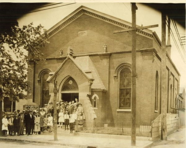 The Campbell Street Church of Christ in Louisville, Ky., circa 1923.