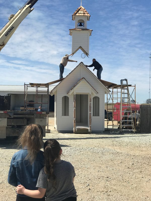 The Christ family's chapel moves to its new location.