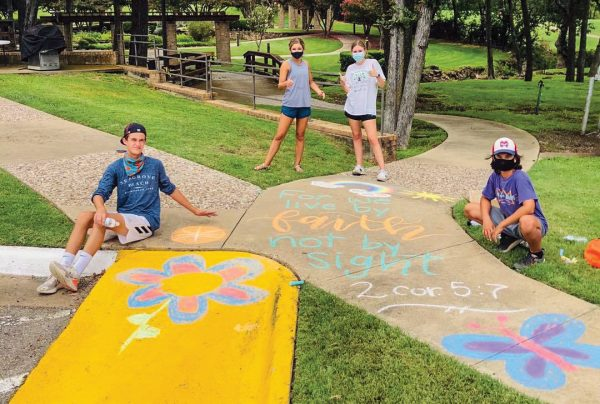 In the midst of the summer lockdown, the youth group of the Prestoncrest Church of Christ in Dallas decorated the sidewalks and driveways of Christian Care Communities.