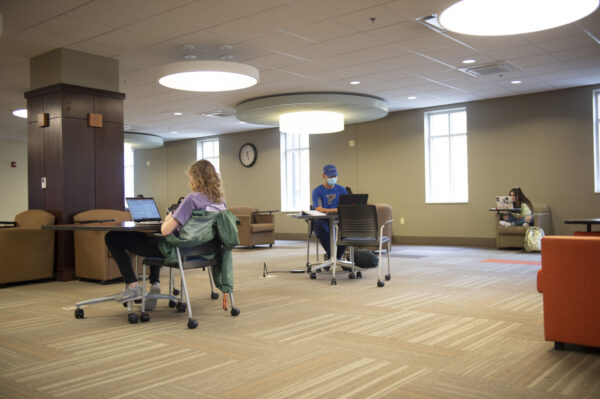 Students remain socially distanced while studying on campus, at FHU.