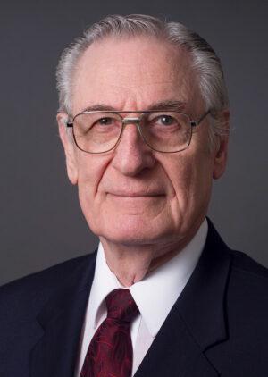 Dr. Earl Edwards