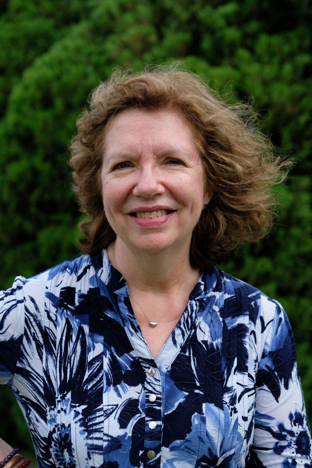 Lynda Sheehan